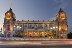 historisches Rathaus Wuppertal / Architekturfoto von Mark Wohlrab