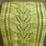 Free knitted scarf pattern featuring a lacy column of leaves design Knitting Blogs, Knitting Patterns Free, Knitting Yarn, Free Knitting, Knitting Projects, Crochet Patterns, Scarf Patterns, Free Pattern, Freeform Crochet