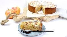 Appelkruimel taart met amandelspijs French Toast, Sweets, Cheese, Apple, Breakfast, Desserts, Recipes, Apple Fruit, Morning Coffee