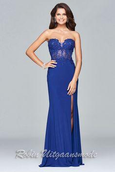 61306912a469a7 Hartvormige strapless galajurk met een kanten top en hoge split Deze  prachtige jurk heeft een hartvormige