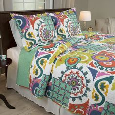 Twin Sybil Quilt Set - Yorkshire Home Color: Multicolored. Twin Sybil Quilt Set - Yorkshire Home Multicolored Windsor Homes, Urban Outfitters, Hippie Bedding, Bohemian Bedding, Floral Bedding, Boho Chic Bedroom, Green Queen, Shabby, Twin Quilt