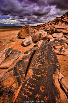 tlatollotl: Hopi Rock Art Petroglyphs on Navajo Reservation in. tlatollotl: Hopi Rock Art Petroglyphs on Navajo Reservation in. Ancient Mysteries, Ancient Artifacts, Ancient Aliens, Ancient History, European History, American History, American Pride, Art Antique, Ancient Civilizations