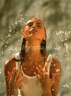 models water portraits | Woman splashing water over her face - Stock Image M985/0090 - enlarged ...