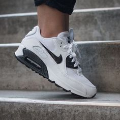 Nike White + Black Air Max 90 Essential Sneakers •Featuring the superb cushioning and classic silhouette that made this shoe famous, the Nike Air Max 90 Essential Women's Shoe delivers comfort and timeless style with a premium look and feel.  •Size 8, true to size.  •New in box.  •NO TRADES/PAYPAL/MERC/VINTED/NONSENSE. Nike Shoes Sneakers