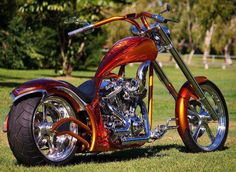 Bikes and Babes Big Dog Motorcycle, Custom Motorcycle Paint Jobs, Motorcycle Design, Custom Street Bikes, Custom Bikes, Custom Choppers, Custom Motorcycles, Custom Harleys, Old School Chopper