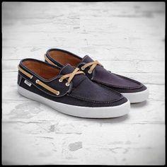 men's vans boat shoes