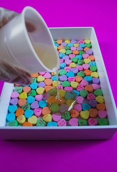 DIY Resin and Wood Serving Tray: Make a Resin-Embellished Tray Diy Resin Projects, Diy Resin Crafts, Crafts To Sell, Craft Projects, Diy Resin Ideas, Craft Ideas, Stick Crafts, Epoxy Resin Art, Diy Epoxy