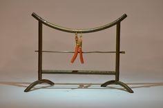 http://www.arte-orientale.com/gioielli-etnici/2229/orecchini-in-corallo-e-oro/ #Gold #coral #earrings