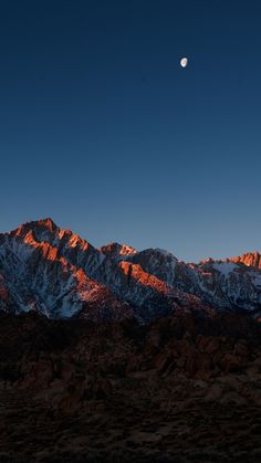 mount-whitney-alabama-hills-iPhone-Wallpaper