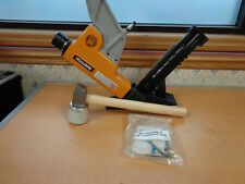 Bostitch Btfp12569 15 5 16 Gauge 1 1 2 To 2 2 In 1 Flooring Nailer Air Tool Air Tools Flooring Gauges