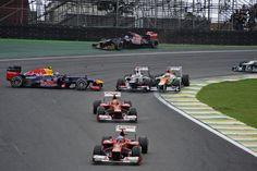 Sebastian Vettel survives first lap spin - 2012 Brazilian Formula 1 Grand Prix, Formula 1