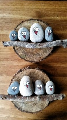 DIY Painting the River Rocks Like a Bird - Unique Balcony & Garden Decoration an. DIY Painting the River Rocks Like a Bird – Unique Balcony & Garden Decoration and Easy DIY Ideas Pebble Painting, Pebble Art, Stone Painting, Diy Painting, Garden Painting, Decorative Painting Projects, Pebble Stone, Wood Stone, Painting For Kids