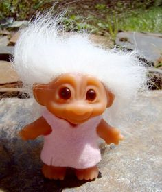 Here's a nice little boy with mohair and his original felt shirt. Or is it a girl Dam troll and a dress? Sigh. I forget. Anyhow, there are bright eyes and a winning smile!