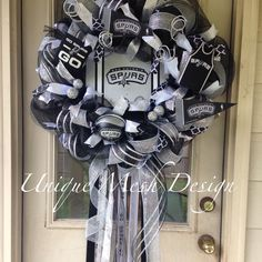 Made To Order San Antonio Spurs Wreath by UniqueMeshDesign on Etsy