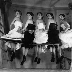 Stockings and lingerie by Jacques Fath, photo by Willy Maywald, 1954 Jacques Fath, 1950s Style, Vintage Outfits, Vintage Dresses, 1950s Dresses, Vintage Clothing, Fashion Model Poses, Fashion Models, Club Fashion