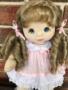 My Child Doll Aussie Ash Blonde mid part She has beautiful Blue eyes with peach pink make up. Original curl and hair ties Doll only no clothes Please look at all pictures. Reborn Doll Kits, Reborn Babies, Beautiful Blue Eyes, Child Doll, Ash Blonde, Hair Ties, Princess Peach, Pink, Children
