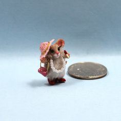 A very miniature handmade polymer clay furred mouse in dress up clothes with pearl necklace, tiny lipstick, tiny purse, tiny straw hat and red heels. A miniature collectible mouse ready to enjoy! Polymer Clay Animals, Mini Mouse, Dress Up Outfits, Red Heels, Handmade Polymer Clay, Playing Dress Up, Mice, Dollhouse Miniatures, Pearl Necklace