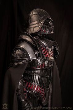 Samuel Lee of Prince Armory has created a brilliant leather suit of medieval armor that looks like the one Darth Vader wears in Star Wars. The amazing Darth Vader Armor, Anakin Vader, Darth Vader Costumes, Jedi Armor, Samurai Armor, Armor Suit, Anakin Skywalker, Darth Maul, Medieval Armor