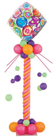 This balloon centerpiece is bright and bejeweled! It would make the perfect decor for a festive Christmas party. I