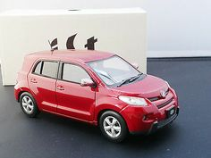 "TOYOTA IST OFFICIAL LICENSED 1:24 RED Mica Metallic ""NOT FOR SALE"" Dealer Color"