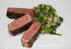 Steak mit Endivien-Spinat