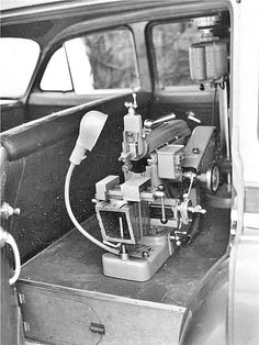 Before The Internet – South Bend Lathe Co. Salesman's Cars Diy Lathe, Lathe Tools, Old Tools, Milling Machine, Machine Tools, Turret Lathe, South Bend Lathe, Maker Shop, Metal Shop