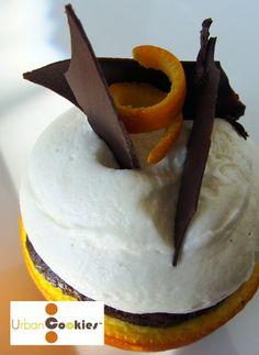 Orange-Scented Chocolate Campfire Cupcake -An orange-scented chocolate ...