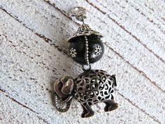 Charm elephant with a kaschmir pearl by Charmecharming 10,00 €