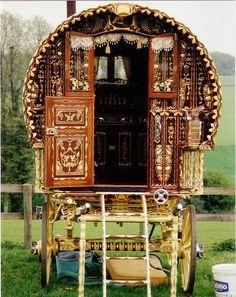 yleycoyote:  Vardos   Lovely ornate gypsy-style wagons.