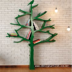 to tree or not to tree...: best.  bookshelf.  ever.