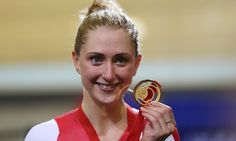 It s gold again laura trott poses with her gold medal at glasgow