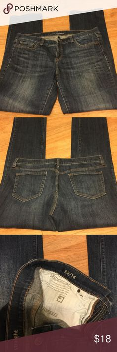 Slim straight hi stretch denim jeans 32/14 from JC Penney. 10 in rise I seem 31 1/2. EUC jcpenney Jeans Straight Leg