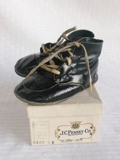 1920's Vintage Baby Toddler Shoes in Original Box by JC Penney