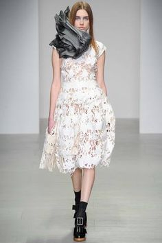 John Rocha Fall 2014 Ready-to-Wear Collection Slideshow on Style.com.    ~    Hmmmmm...