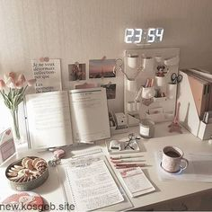 korean desk study stationery aesthetic seoul beige coffee cream milk tea ideas wooden light soft minimalistic 문방구 아파트 공부방 책� アパート 勉強部屋 スタディデスク aesthetic home interior apartment japanese kawaii g e o r g i a n a : f u t u r e h o m e Study Room Decor, Cute Room Decor, Bedroom Decor, Study Rooms, Dorm Desk Decor, Simple Room Decoration, Bedroom Ideas, Uni Room, Dorm Room