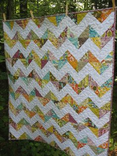 MaDe To OrDeR -- Zig Zag Baby Quilt in Central Park fabrics
