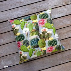 """No spikes! No watering required 😆🙃! Gorgeous pillow made of cotton fabric with beautiful cactus and cactus flower 🌺 print, size 24x24"""". A summer-must-have 💕! At http://www.wagnerstrasse.de #cactus #cactusflower #kaktus #kaktusblüte #kissen #throwpillow"""