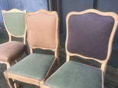 Gestoffeerde brocante stoelen, Mix en Match. Verschillende modellen stoelen op voorraad of uw eigen klassieke stoel laten stofferen. Oud is Nieuw denkt graag mee.