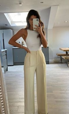 Looks Chic, Looks Style, Cute Casual Outfits, Stylish Outfits, Summer Formal Outfits, Classy Business Outfits, Sophisticated Outfits, Mode Outfits, Fashion Outfits