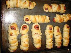 Halloween Food - Mummy Dogs