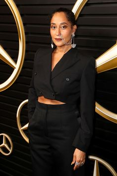 Tracee Ellis Ross Photos Photos: Mercedes-Benz Academy Awards Viewing Party At The Four Seasons Los Angeles At Beverly Hills 90s Inspired Outfits, Chic Outfits, Party Outfits, Tracey Ellis, Tracee Ellis Ross, 80s Outfit, Androgynous Fashion, All Black Outfit, Black Women Fashion