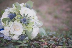 Photo d'un magnifique bouquet de mariée by @estelleromary . Beautiful wedding bouquet. #wedding #mariage #fleurs