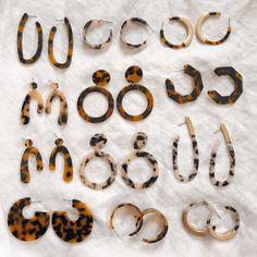 The Outlier Standard acrylic resin earrings minimal earrings tortoise shell earrings snow leopard earrings statement earrings wearable art - September 21 2019 at Shell Earrings, Crystal Earrings, Statement Earrings, Bead Earrings, Cute Jewelry, Jewelry Accessories, Fashion Accessories, Accesorios Casual, Acrylic Resin
