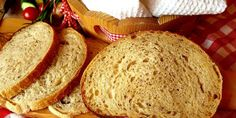 Gazdovský chlebík s pivom a so skaramelizovanou cibuľkou (kváskový) - Tinkine recepty Bread, Food, Basket, Meal, Essen, Hoods, Breads, Meals, Sandwich Loaf