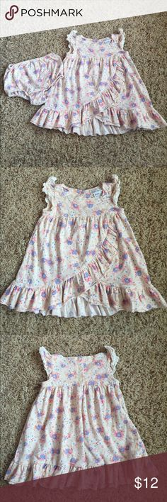 HP 6/16! Ralph Lauren 6 Month Dress w/ Bloomers Listed low to sell fast! This is a gorgeous Ralph Lauren Dress with matching bloomers. The pieces are in like new condition and come from a smoke free home. Size is 6 Months. Ralph Lauren Dresses
