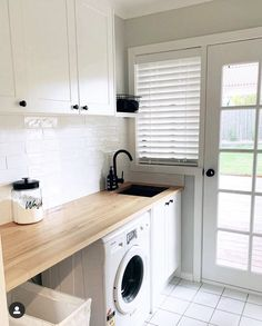 Design & Build Your Dream New Kitchen With Kaboodle Australia Laundry Decor, Laundry Room Organization, Laundry Room Design, Laundry In Bathroom, Laundry Cart, Basement Laundry, Laundry Closet, Modern Laundry Rooms, Laundry Room Layouts
