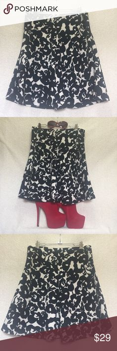 "Katherine Barclay Black White Floral Flirty Skirt Cute and flirty. Black and white floral pattern skirt. Side zip closure with hidden button. Size 8  Length 20.5"" down center laid flat  Waist 15.5"" laid flat 95% polyester 5% spandex Katherine Barclay Skirts"