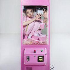 The Young Russian Artist & Instagram Princess Ellen Sheidlin. CutPasteStudio Illustrations, Entertainment, beautiful,creativity, Art, Artwork, Artist, modeling, photography, photographs, fashion, beautiful.