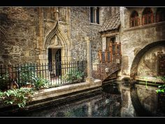 This is a reflecting pool in side the castle –Hammond Castle - Mass. Hammond Castle, Indoor Courtyard, Gothic Castle, Storybook Homes, Strange Places, Vacation Places, Beautiful Places, Amazing Places, Beautiful Homes