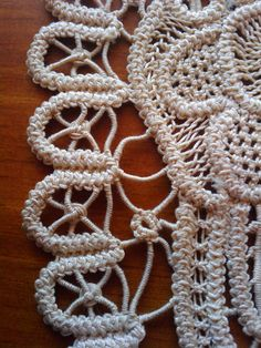 Romanian Point Lace aka Romanian macramé - which is not macramé at all, but crocheted and sewn. Crochet Doily Patterns, Lace Patterns, Thread Crochet, Crochet Motif, Crochet Lace, Doilies Crochet, Dress Patterns, Creative Embroidery, Paper Embroidery